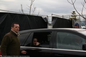 rob-in-car-on-school-set-new-moon