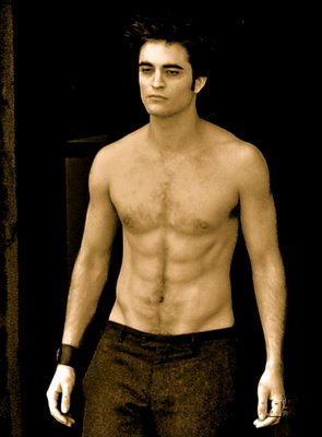 Rob foregoes that extra helping of pasta and instead produces AMAZING abs in Italy in 2009