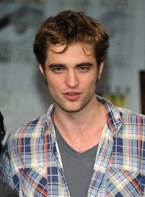 Facts About Robert Pattinson At Comic Con Letters To Rob
